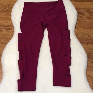90 degrees by Reflex Side Cut Out Leggings
